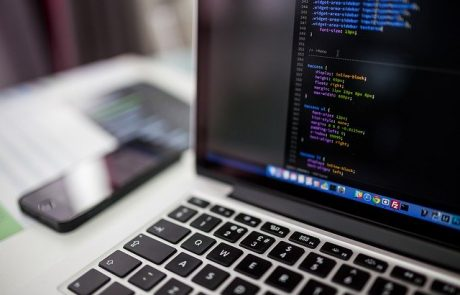 אילו שפות תכנות קיימות בלימודי Full Stack