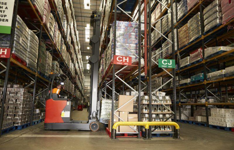 מחלקים שטח איחסון במחסן באופן אופטימלי